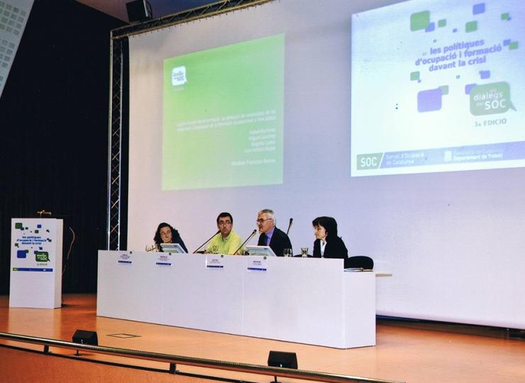 Maribel Martínez ponencia en la tercera edición de los diálogos del SOC